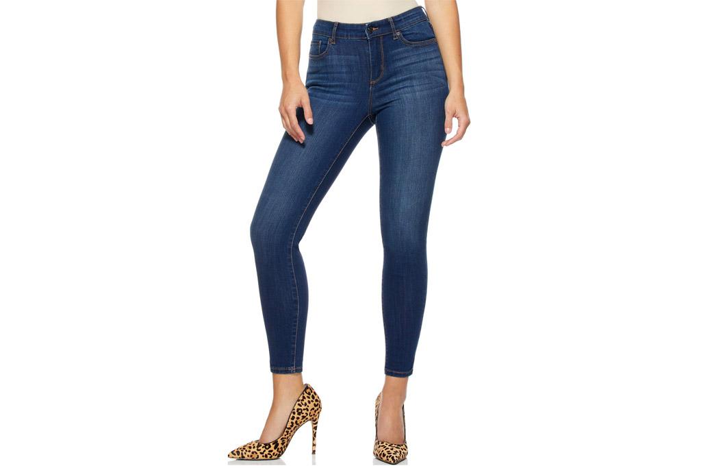 sofia vergara, jeans, bodysuit, walmart