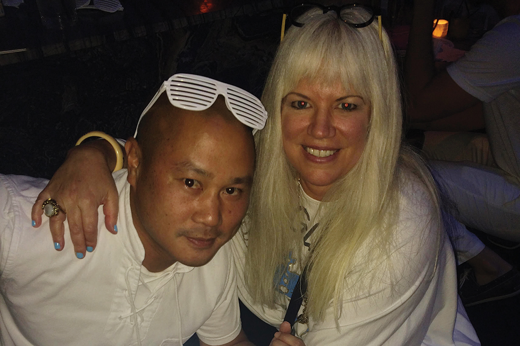 Tony Hsieh, friends