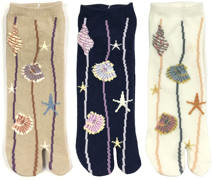 Wrapables Tabi Flip-Flop Socks