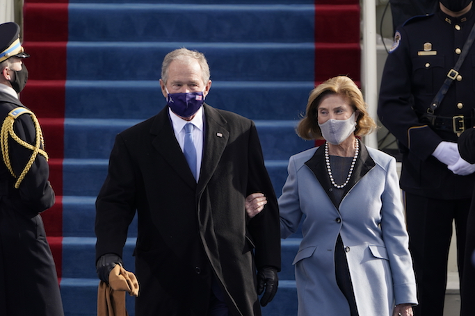 Former President George W. Bush and his wife Laura arrive for the 59th Presidential Inauguration at the U.S. Capitol for President-elect Joe Biden in Washington, Wednesday, Jan. 20, 2021.(AP Photo/Patrick Semansky, Pool)
