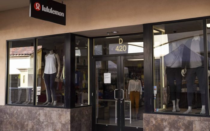 March 17, 2020: Few customers at the Lululemon retail stores at the outdoor mall Cabazon Outlets are open but largely empty due to Covid-19 Corona virus in Cabazon, California John Green/CSM(Credit Image: © John Green/CSM via ZUMA Wire) (Cal Sport Media via AP Images)