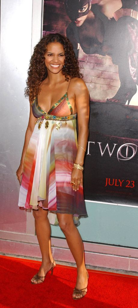 2000s fashion, 2000s style, 2000s trends, halle berry, halle berry fashion, halle berry red carpet