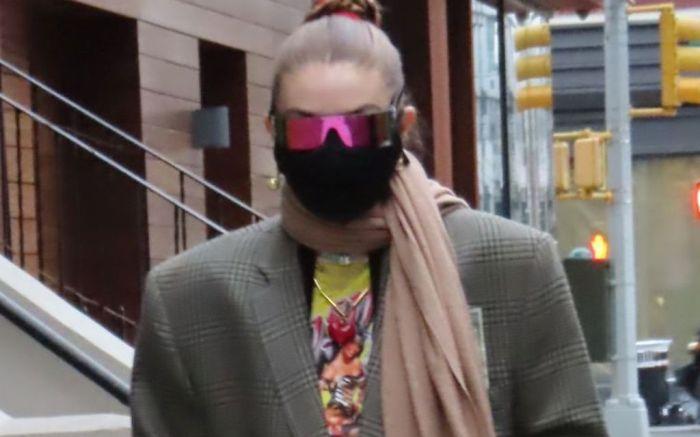 Gigi Hadid Stops By Noho In New York City