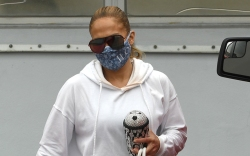 jennifer lopez, jennifer lopez gym, jennifer