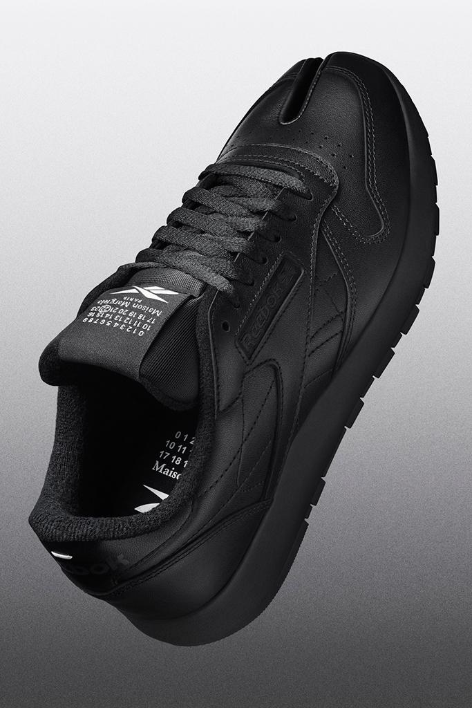 reebok x maison margiela, tabi sneakers, black reebok x mm