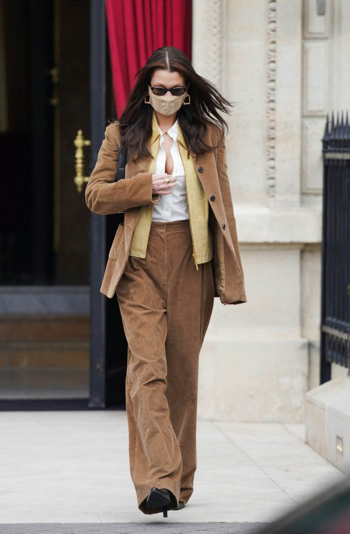 Belle Hadid leaves her hotel in Paris during Haute Couture Paris fashion week on January 26, 2021 in Paris, France. Photo by ABACAPRESS.COMPictured: Ref: SPL5208463 260121 NON-EXCLUSIVEPicture by: AbacaPress / SplashNews.comSplash News and PicturesUSA: +1 310-525-5808London: +44 (0)20 8126 1009Berlin: +49 175 3764 166photodesk@splashnews.comUnited Arab Emirates Rights, Australia Rights, Bahrain Rights, Canada Rights, Greece Rights, India Rights, Israel Rights, South Korea Rights, New Zealand Rights, Qatar Rights, Saudi Arabia Rights, Singapore Rights, Thailand Rights, Taiwan Rights, United Kingdom Rights, United States of America Rights