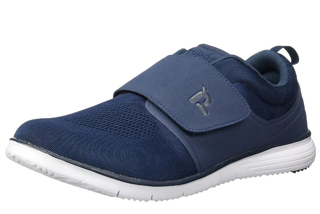 Propét Men's TravelFit Strap Walking Shoe