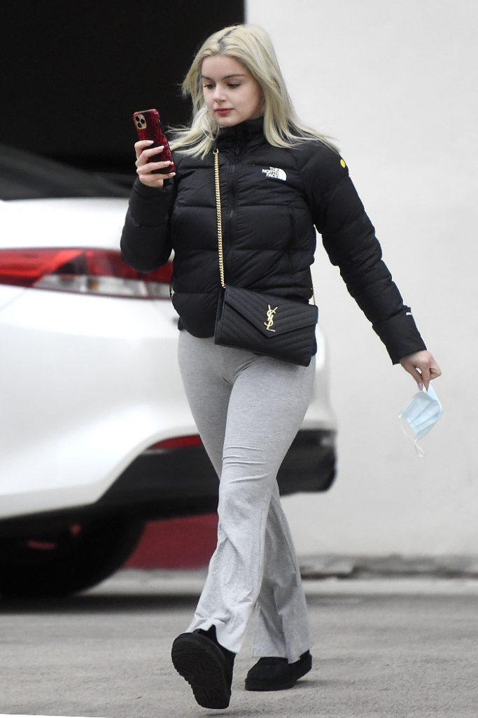ariel winter, pants, jacket, puffer jacket, the north face, boots, ugg, purse, style, 2000s, los angeles, birthday
