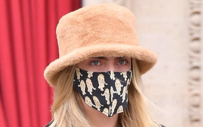 cara-delevingne-paris-boots-hat