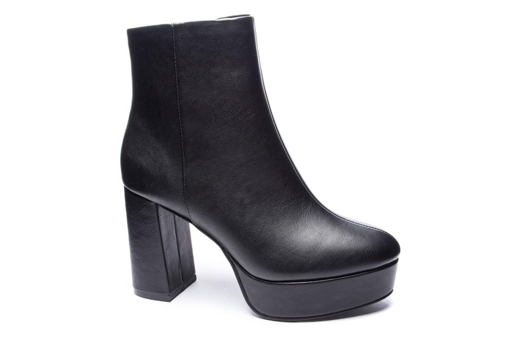 black boots, heels, platform, chinese laundry