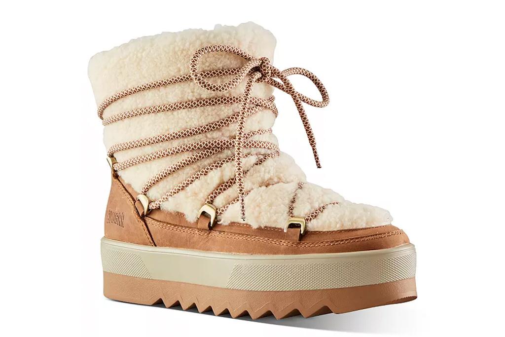 boots, snow boots, fur, cougar
