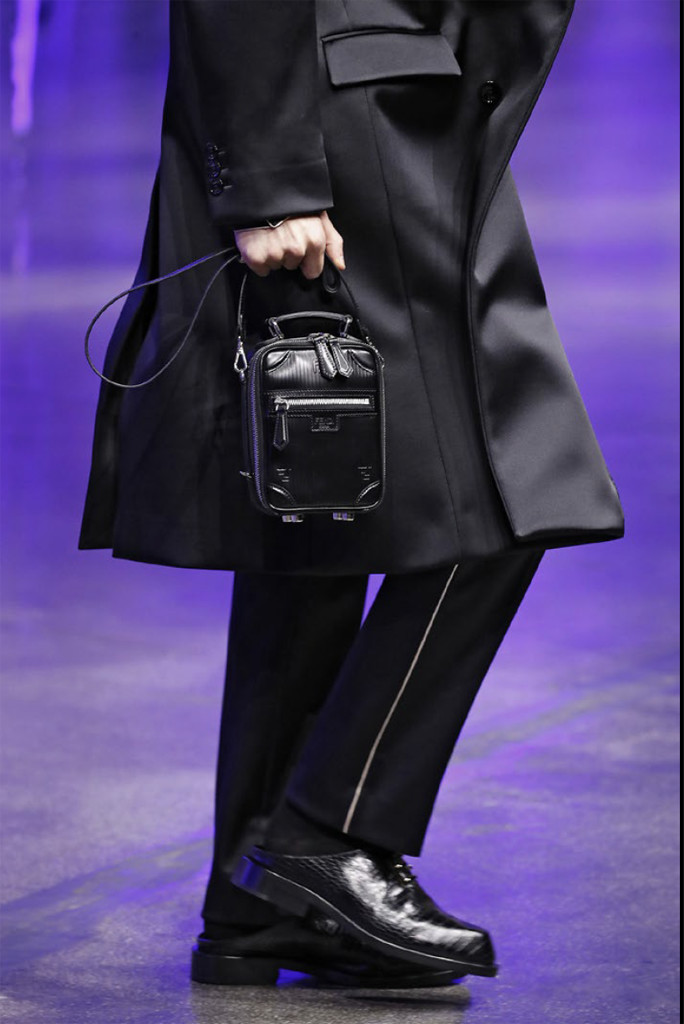 fendi, fall 2021 men's fashion week, slipppers