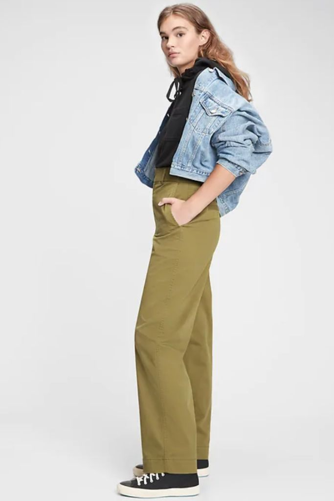gap chinos, wide leg pants, spring 2021 trends, 2021 trends