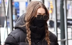 gigi hadid, daughter, leggings, coat, jacket,