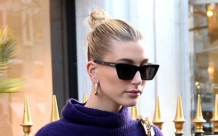 Hailey Baldwin Bieber makes some shopping at Bottega Veneta during Paris Fashion Week