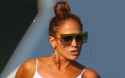 jennifer lopez, bathing suit, robe