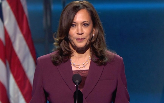 kamala-harris-suit-socks