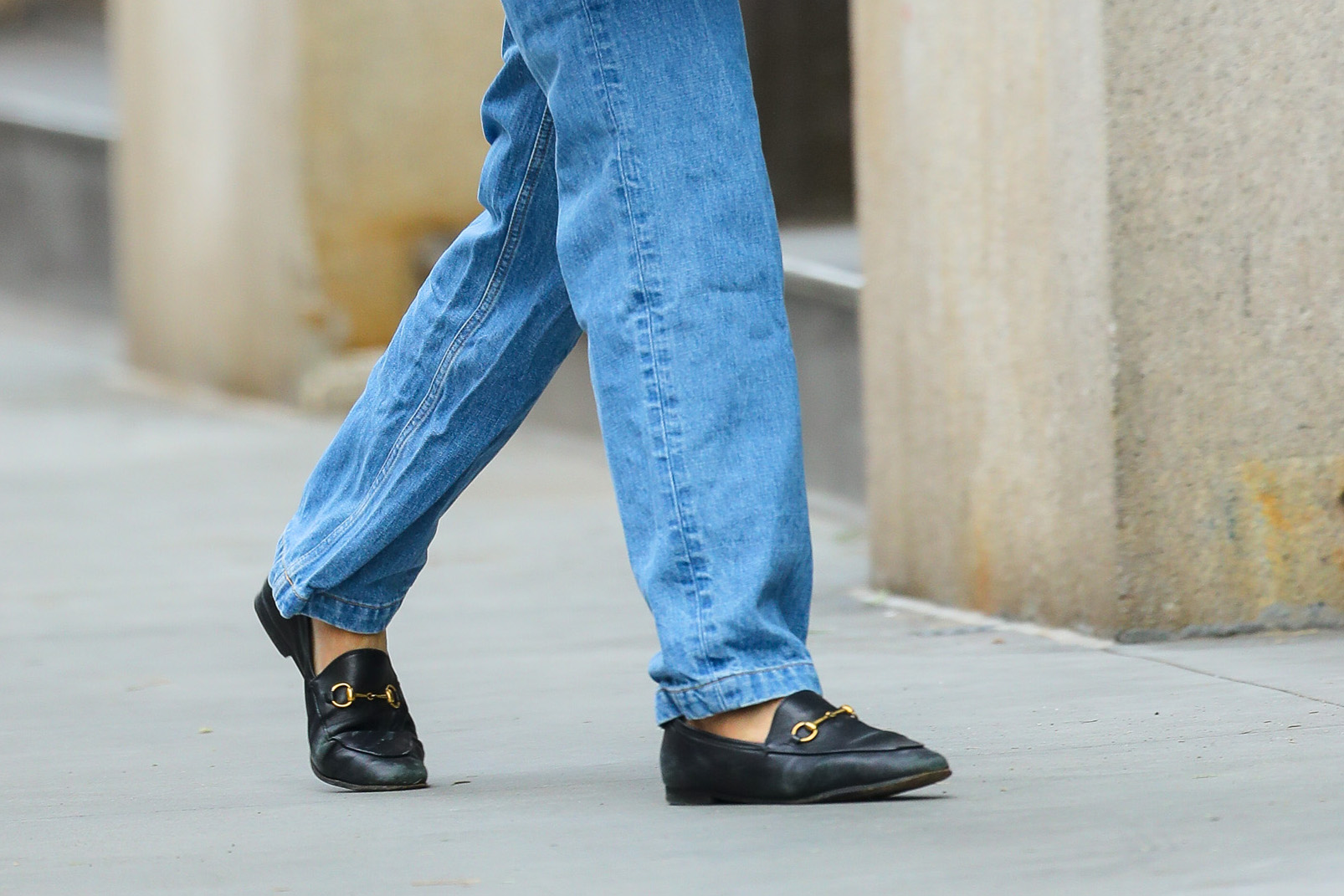 Katie Holmes, style, gucci, loafers