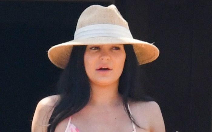 kylie-jenner-beach-bikini