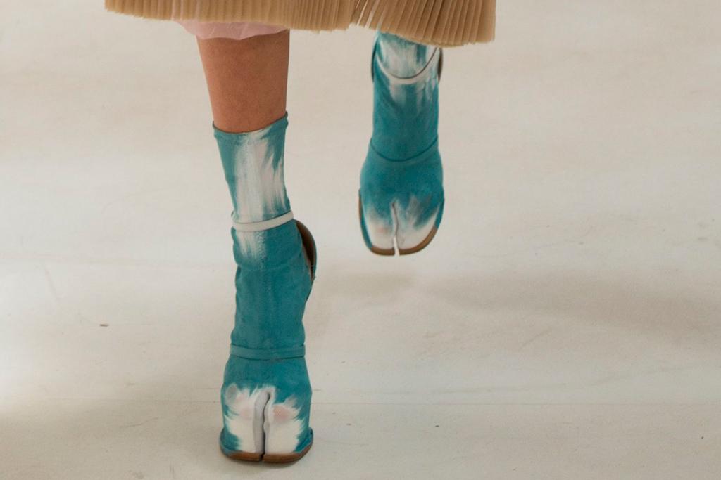 maison margiela, tabi, boots