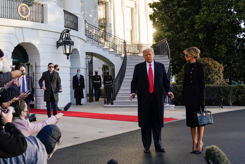 melania trump, donald trump, farewell, leave white house, dress, coat, heels, mar-a-lago, last day