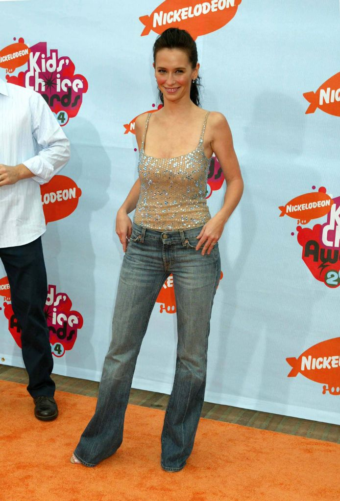 jennifer love hewitt, 2000s trends, 2000s fashion, 2000s going out tops