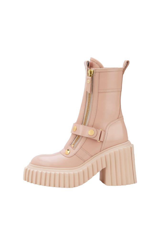 agl, mfw, milan fashion week, milan fashion week top trends, fall 2021 trends, fashion trends, shoes trends