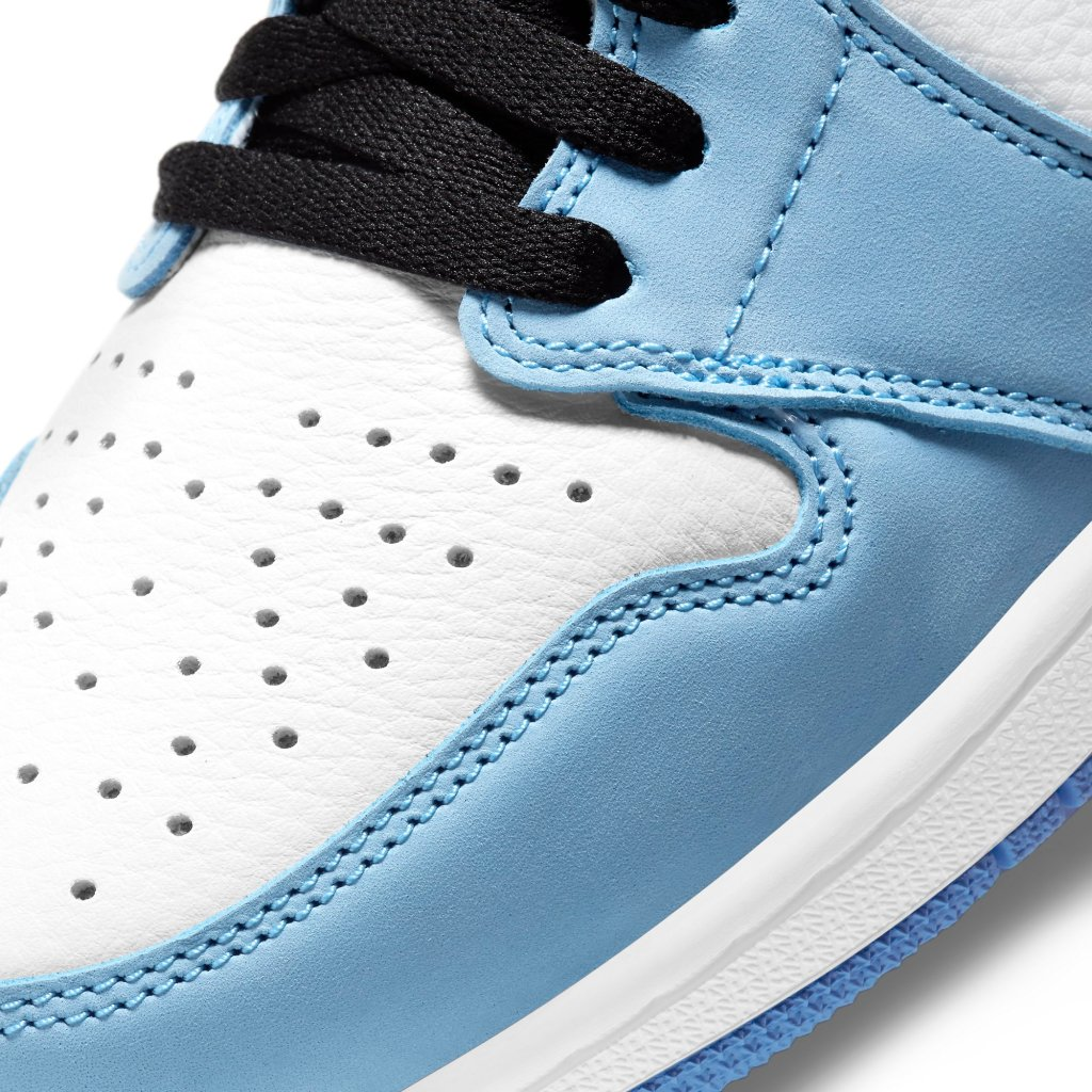 "Air Jordan 1 Retro High OG ""University Blue."""