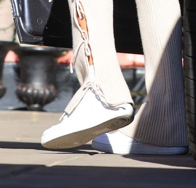 hailey baldwin, sneakers, cutout pants, jacket, hat, adidas, ivy park, nike, la
