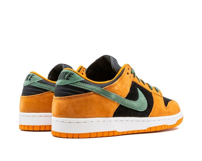 Nike Dunk Low, Nike Sneakers