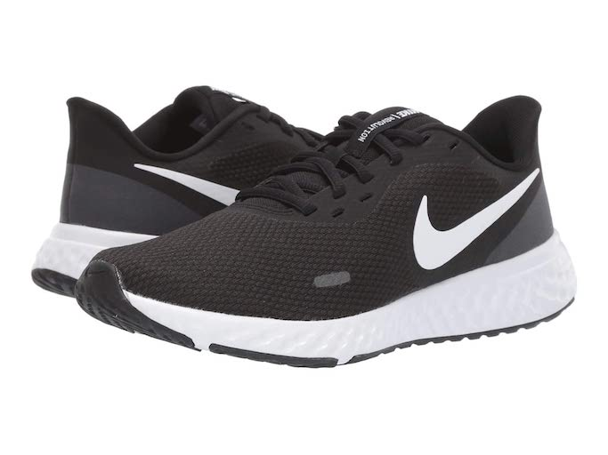 Nike-Revolution-5-Sneakers