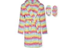 Robe and slippers for girls. amazon