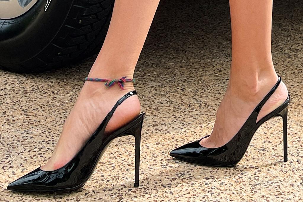 gal gadot, dress, minidress, lace, sequined, heels, stilettos, leather, w magazine, best performances