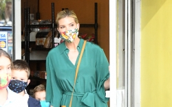 Ivanka Trump, green tie dress, straw