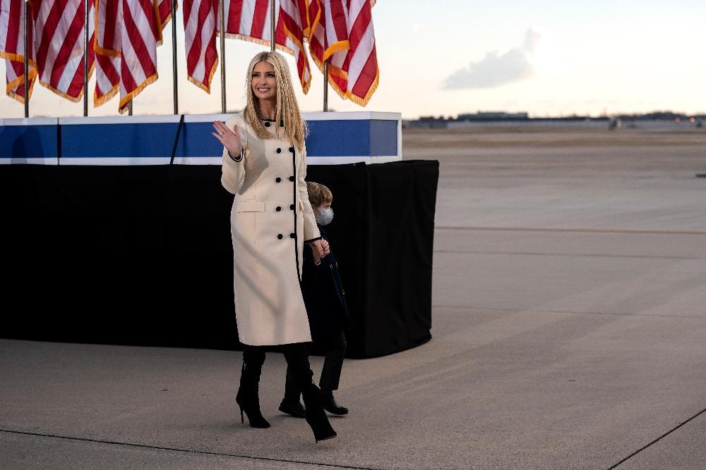 ivanka trump, farewell, dc, president, coat, boots
