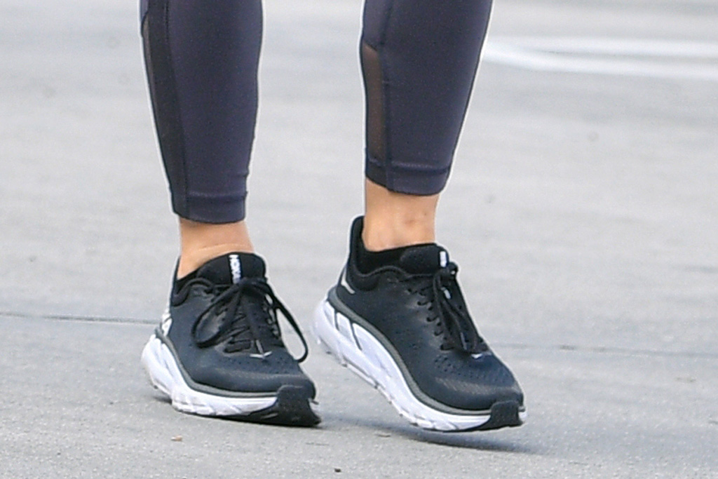 julianne hough, leggings, mesh, crop top, sweatshirt, kinrgy, workout, gym los angeles, hoka one one
