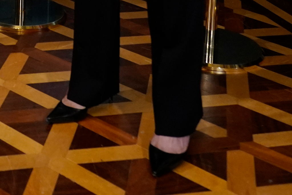 kamala harris, black pumps, heels, black suit