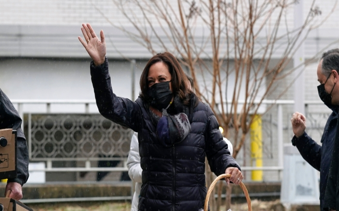 kamala-harris-v-day