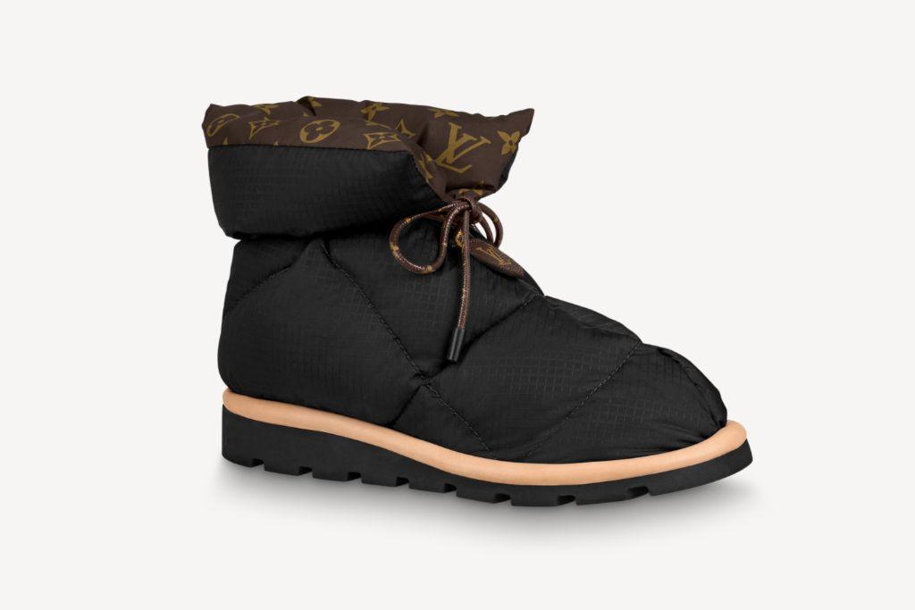 louis vuitton, louis vuitton pillow boots, pillow boots, slippers, louis vuitton slippers, louis vuitton spring 2021, spring 2021, slippers, fashion, shoes, boots