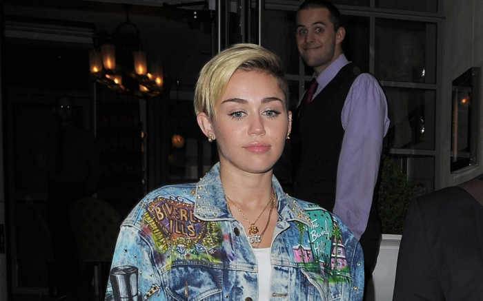 miley-cyrus-sep-2013-feature