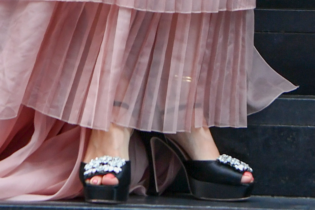 rita ora, pink dress, tank top, platforms, sandals, the voice, australia, sydney, judge
