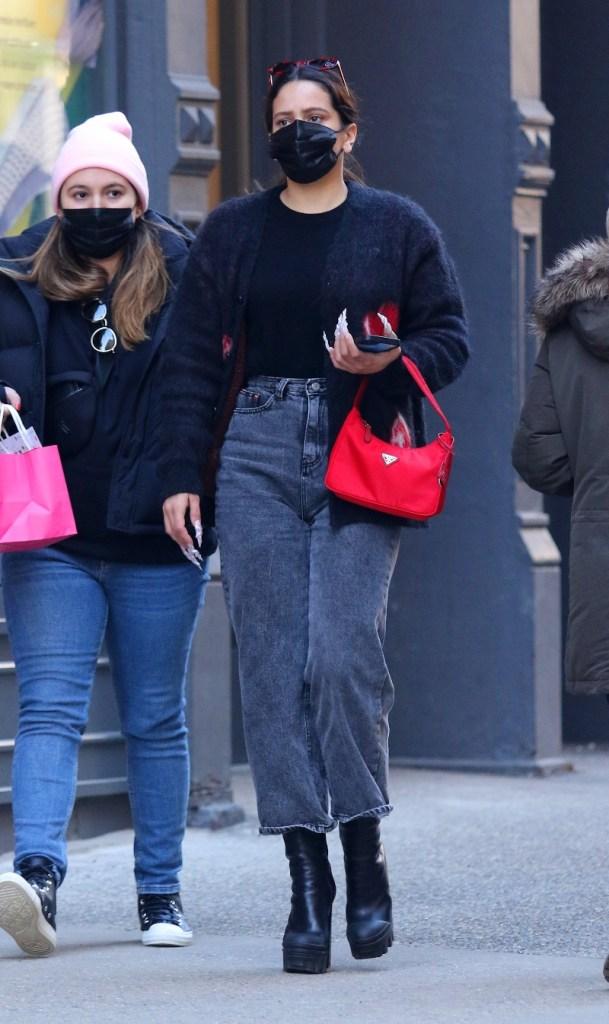 rosalia, rosalía, boots, jeans, new york, sweater, prada, street style, singer