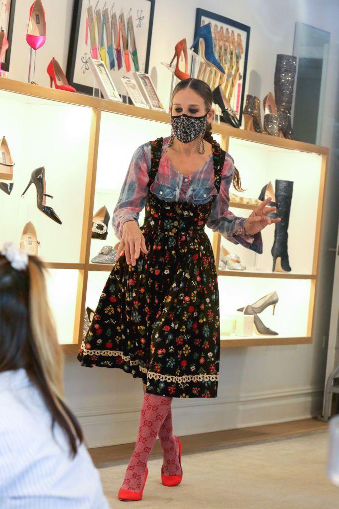 sarah-jessica-parker-cottagecore-dress-heels
