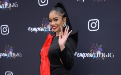 saweetie, black dress, black heels, instagram