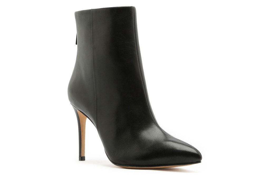scutz, black boots, stilettos