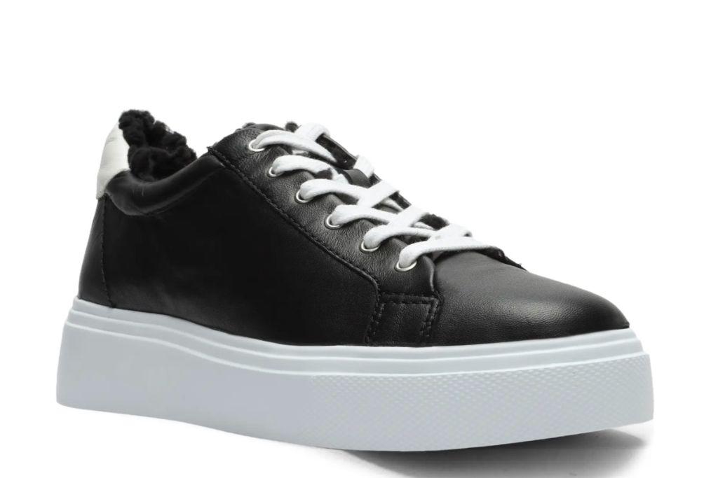 schutz platform sneaker, black sneaker, nordstrom