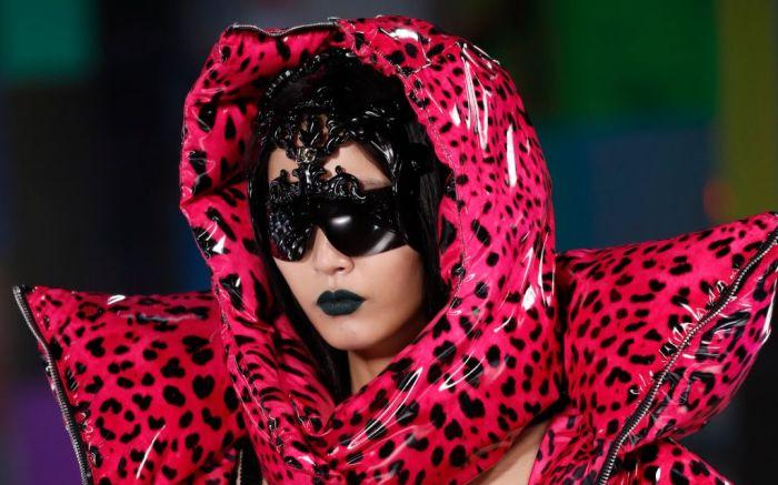 DolceGabbana_Womens_FashionShow_FallWinter_21-22_DETAILS-106