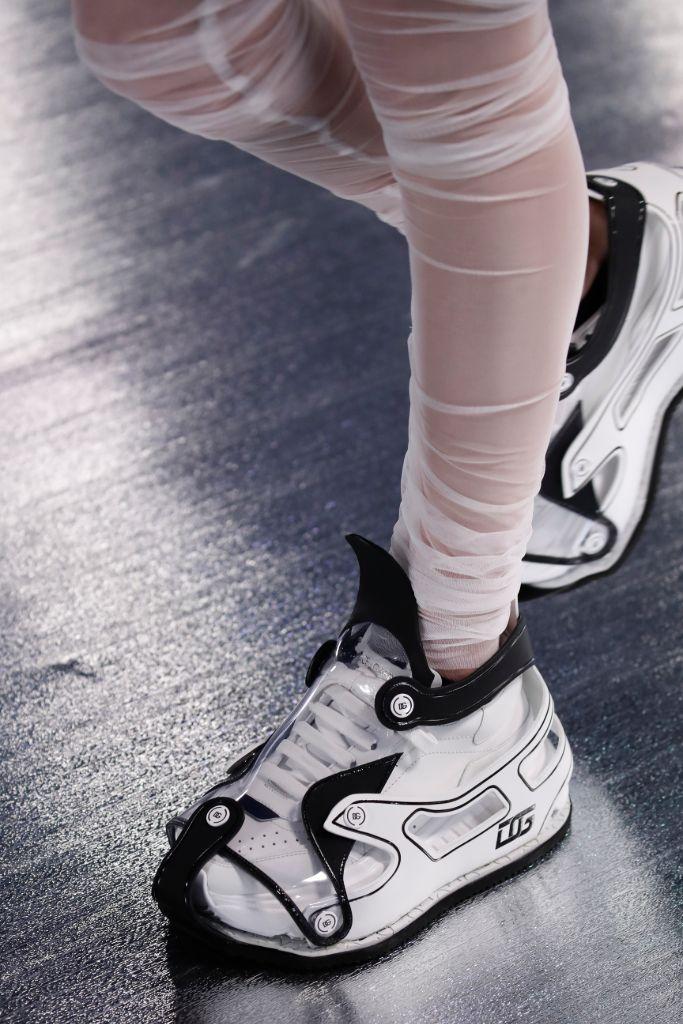 dolce & Gabbana, fall 2021, dolce & gabbana fall 2021, mfw, milan fashion week, dolce & gabbana sneakers, sneakers, fashions