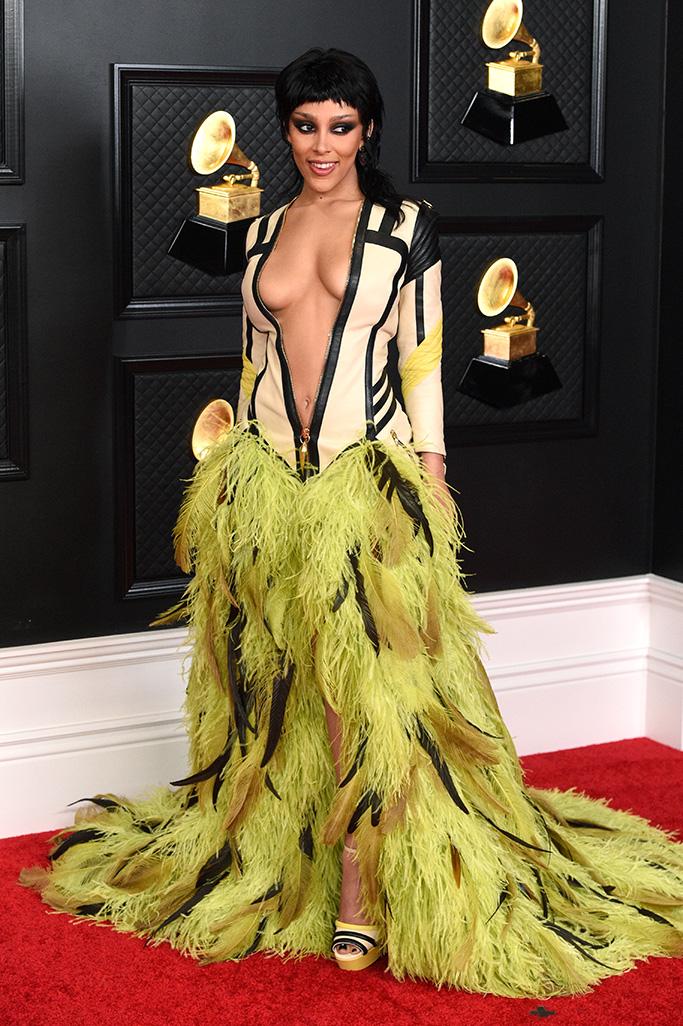 Doja Cat, Grammys 2021, red carpet