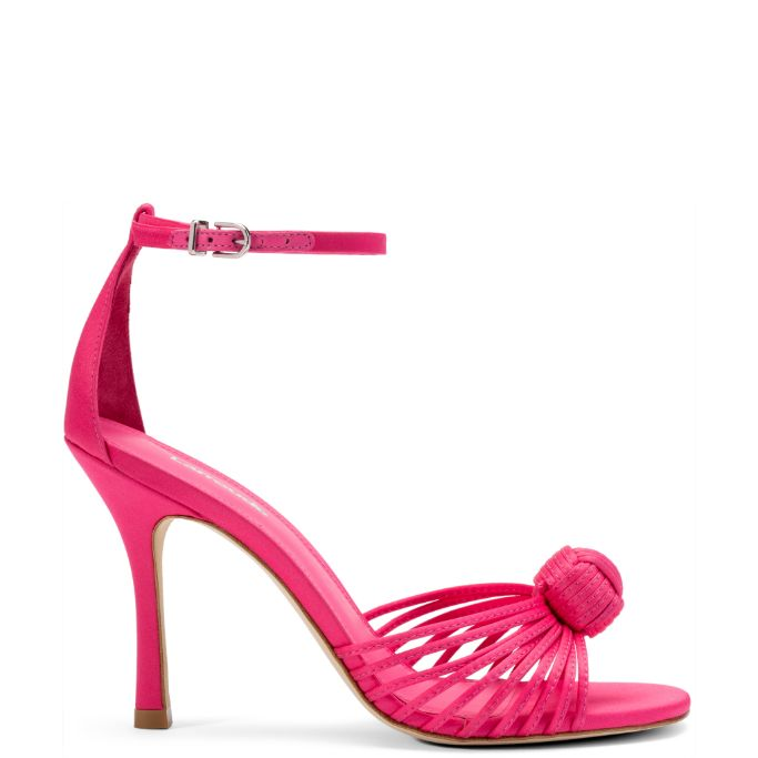 larroude, marina larroude, larroude heels, high heels, spring 2021 shoes, spring 2021 trends, fashion trends